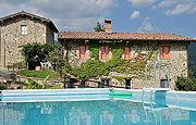 Organic Farm house accommodations Accomodation in Lucca Tuscany