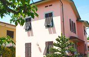 Room Rental Lucca